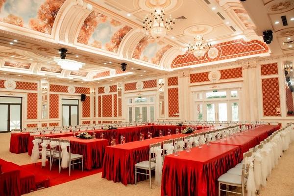 Bàn ghế banquet Phúc Hòa cung cấp