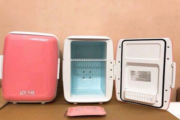 Tủ lạnh mini để mỹ phẩm Genie 6l