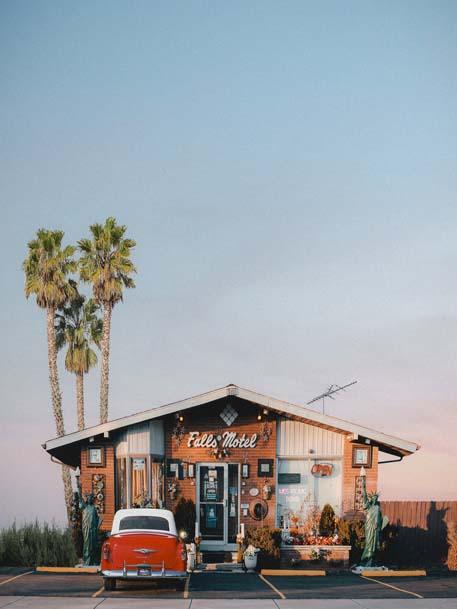 Khách sạn xa lộ (motel)
